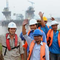 Large picture Supplying workers to oversea at low cost